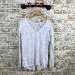 Lululemon white manifesto long sleeve tee